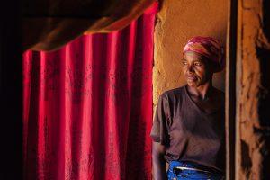 mujer-Angola