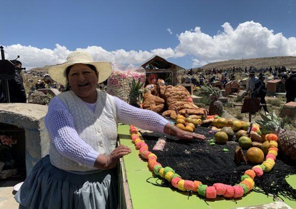 Cementerio de Villa Ingenio en El Alto, La Paz (Bolivia)